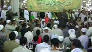 الصوفية داخل مسجد الحسين بعد صلاة الجمعة