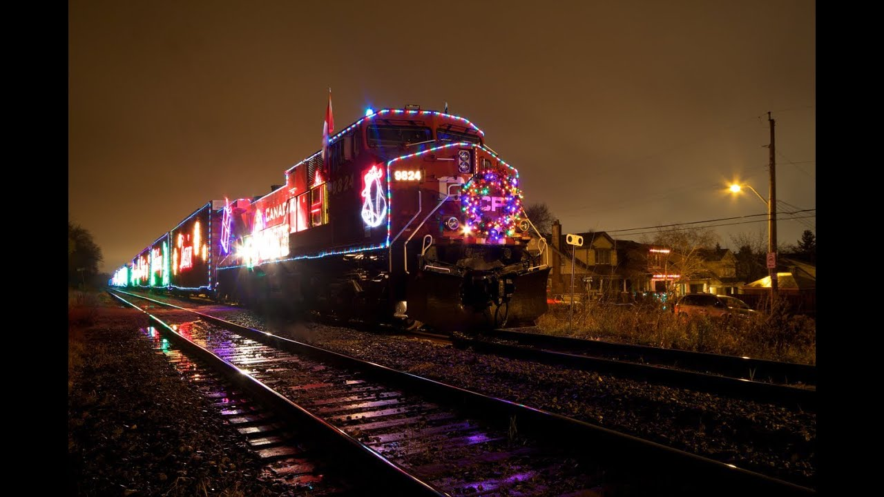 the canadian pacific holiday train lights up the night hd youtube