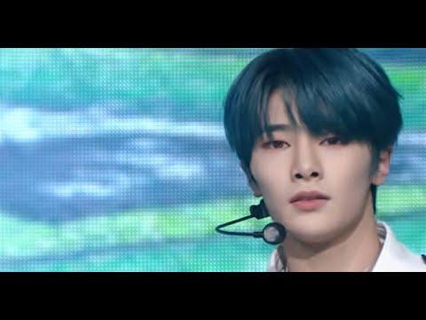 Stray Kids – Back Door (Music Bank) | KBS WORLD TV 201016
