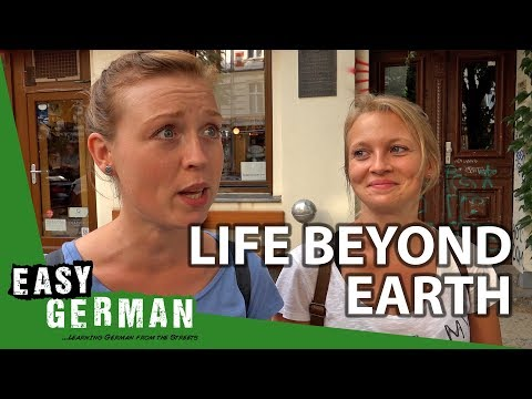 Is there life beyond earth? | Easy German 254