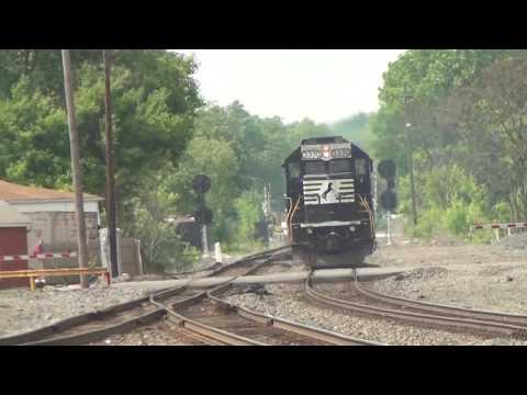 Alliance and Leetonia Railfanning w/OCS, SD70ACU and NYC 1066 - 5/26/2016