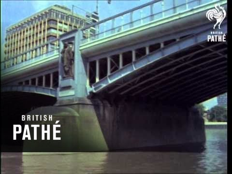 Along The River Thames (1960-1969)