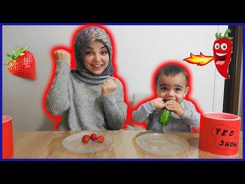 YED SHOW Tabaktan Ne Çıkarsa Ye Challenge Oyunu Oynadık Annesi Mızıkçı Oldu Eğlenceli Çocuk Videosu