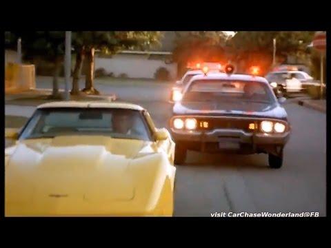 Mopars chase Corvette C3 in The Junkman
