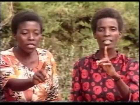 Kwa Viumbe Vyote   Barabara 13  Ulyankulu   Alipofika karibu aliuona Mji