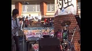 大学の学園祭でEmerson Lake & PalmerのHoedownを演奏しました。 拙い演...