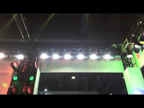 ST 102 67*1w LED Mega strobe light Getshow Video