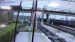 Обрушение автомобильного моста в Свободном: железнодорожник родился в рубашке