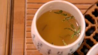 How to Make a Chinese Herbal Tea for Autumn