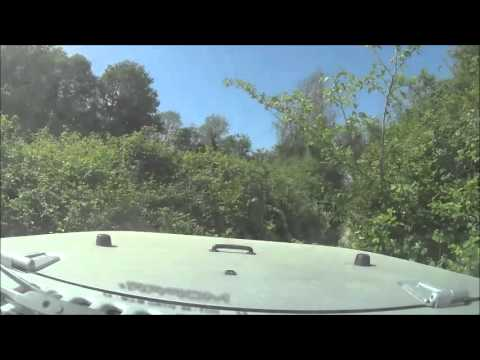 JEEP WRANGLER JK OFF ROAD EXPERIENCE 4WD: climbing an alluvial channel