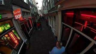 Mulheres na vitrine de Amsterdã 360°- É PROIBIDO mas gravei rápidamente quando passei pela RED-LIGHT