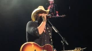 Toby Keith A Few More Cowboys Holmdel NJ 6-18-16