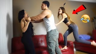 SLAPPING MY GIRLFRIEND INFRONT HER SISTER PRANK *VIOLENT*😂