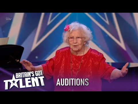 She Is 96 Years Old...Everyone Stands Up...As She Starts Singing! WOW!| Britain's Got Talent 2020