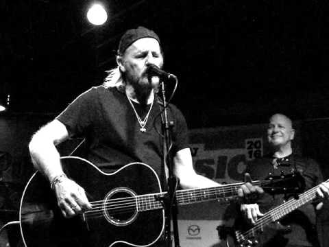 Jimmy LaFave goes Out On The Weekend