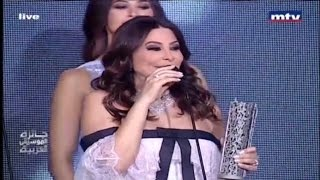 بالفيديو| إليسا تحرج رزان مغربي بـ
