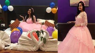 Download Telugu Serial Actress Lahari Hot Pics Videos