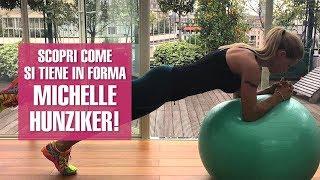 Muscoli tonici e fisico statuario: come si tiene in forma Michelle Hunziker