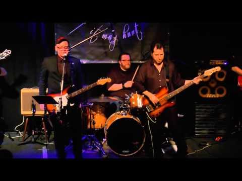 Dr. Hank & The Rocking Revenants -- Alone In The Dark (John Hiatt Cover)LIVE