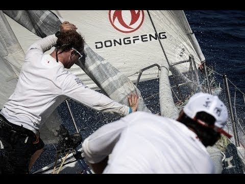 """World on Water"" Sept 21.14 Global Boating News Show.  (VOR team Dongfeng drop a sail overboard)"