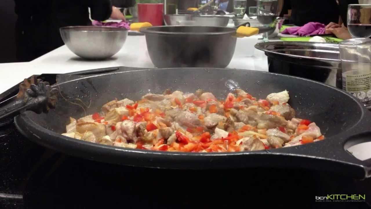 Cursos de cocina en barcelona arroces bcnkitchen youtube for Cursos de cocina barcelona
