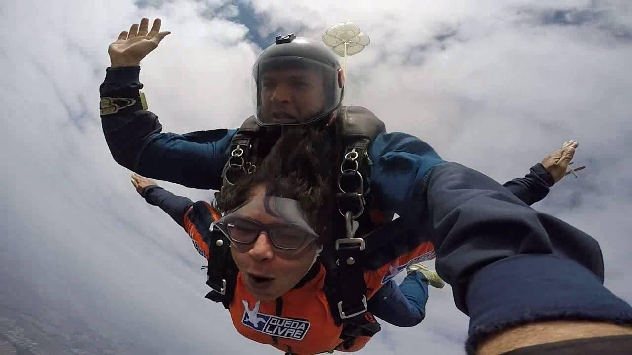 Salto de Paraqueda da Mileny na Queda Livre Paraquedismo 29 07 2016
