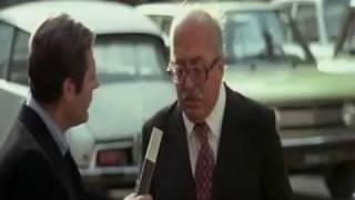 A me ricorda Berlusconi e il Lodo Alfano, a voi?