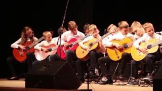 Baixar Duck Tales theme (28 guitars) 1/19