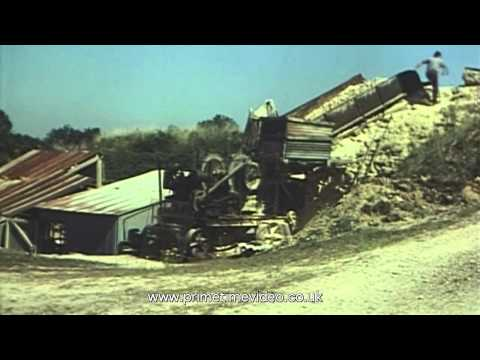 Iron ore mining and excavation - 1930s 1940s 1950s