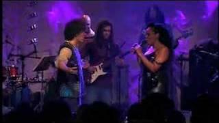 Simoninha canta com Paula Lima 2005
