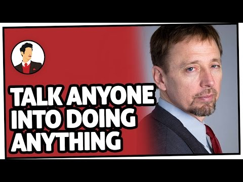How To Talk ANYONE Into Doing ANYTHING (Seriously!) With Chris Voss | Salesman Podcast