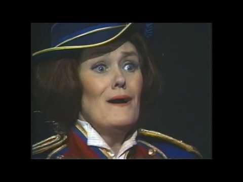 Joan Sutherland - Donizetti: La Fille du Régiment (Who's Afraid of Opera?)