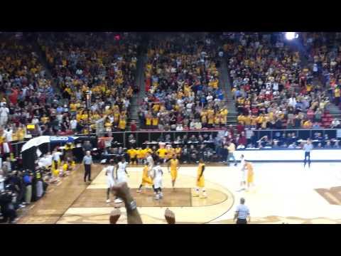 Wyoming Cowboys - Derek Cooke Jr. sinks clutch FTs