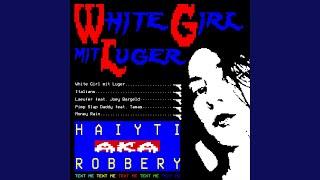 White Girl mit Luger