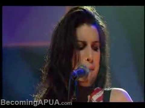 amy-winehouse-stronger-than-me-amywinehouse7