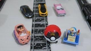 多美小汽車版的蠟筆小新車、哆啦A夢時光機與皮卡丘開箱