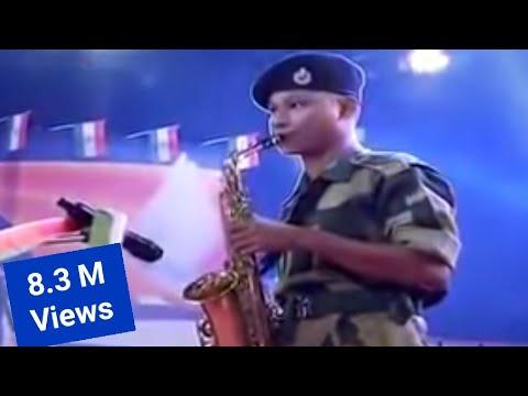 Aye Mere Watan ke Logo...[Playing Saxophone]