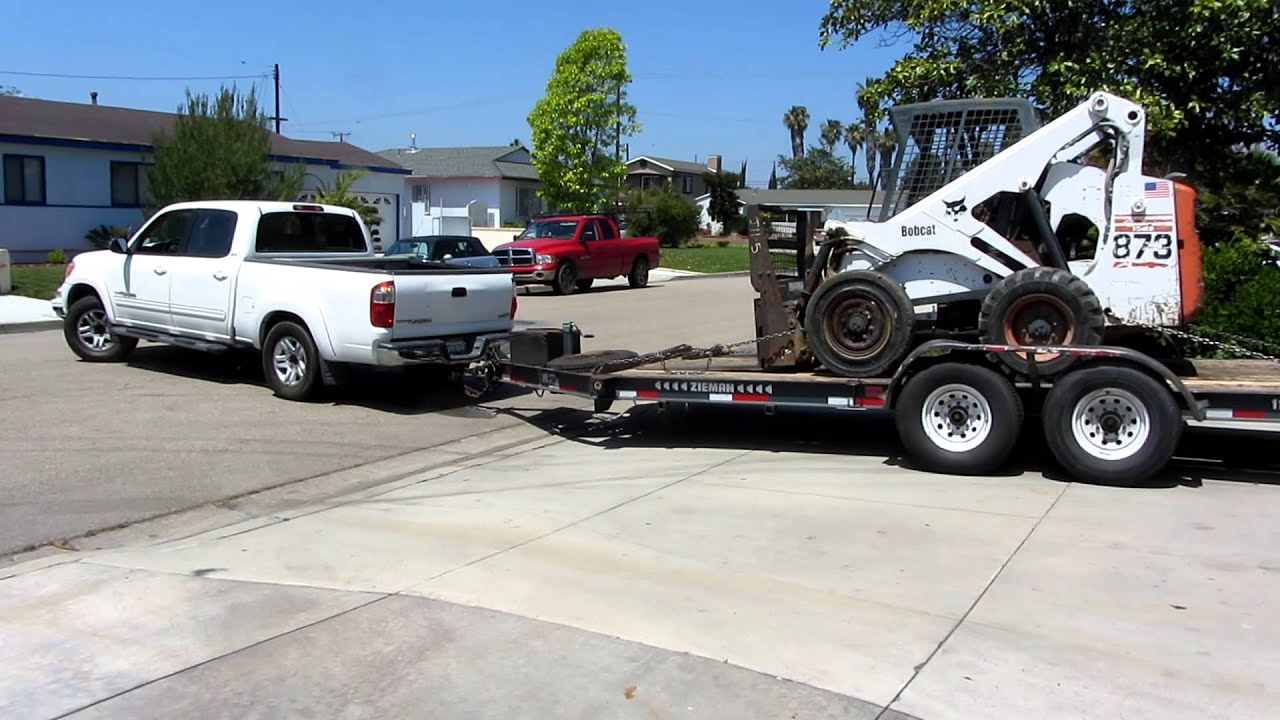 2006 Toyota Tundra Struggling to tow a Bobcat - YouTube