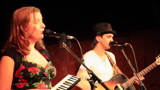 Winsome Kind - Harvest Moon (live Neil Young cover)