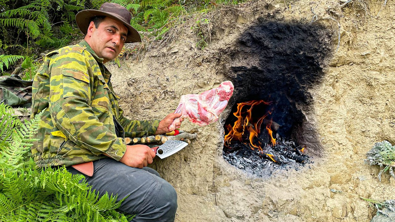 Built a Oven right in the Clay Mountain and Cooked the Perfect Dinner in Nature