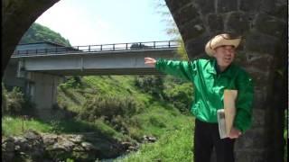 大分県院内町の石橋にいきました 制作 右田忠次.