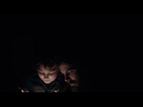 La luz del fin del mundo - Trailer Oficial