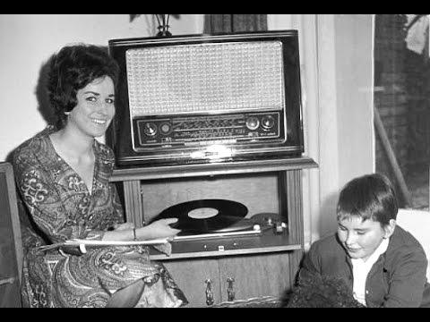 Anneke van Hooff - Nooit op zondag ( Les enfants du Pirée ) ( 1960 )