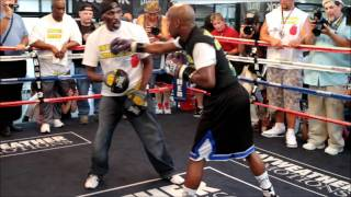 09-06-2011-Floyd Money Mayweather open workout