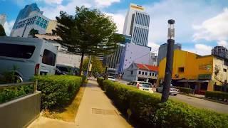 マスジッドジャメ駅からKLフォレストエコパークまでの徒歩