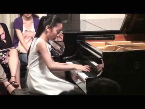 "Tiffany Poon - Beethoven Sonata No.8 in c minor "" Pathetique "" 1st movement"