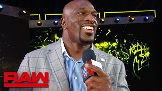 Titus O'Neil encourages the WWE Universe during the commercial break: Raw Exclusive, July 15, 2019