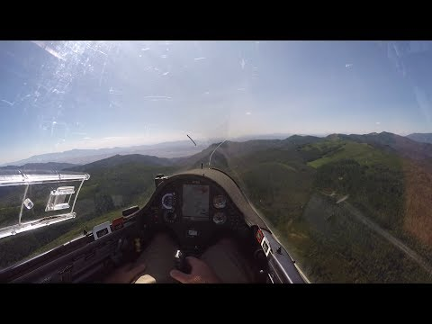 Exciting Glider Final Glide With a Mountain In the Way