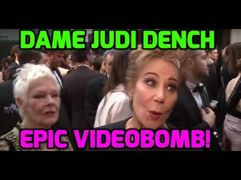 Dame Judi Dench photobombs Zoë Wanamaker at the Oliviers!