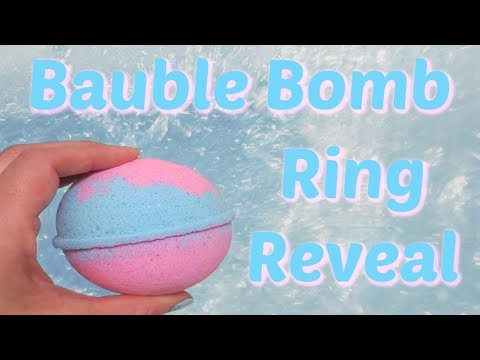 bauble-bomb-ring-reveal---very-berry-mimosa-bath-bomb!